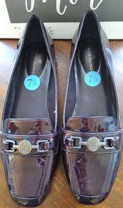 NWT BANDOLINO Deep Purple Shiny Loafers size 7.5